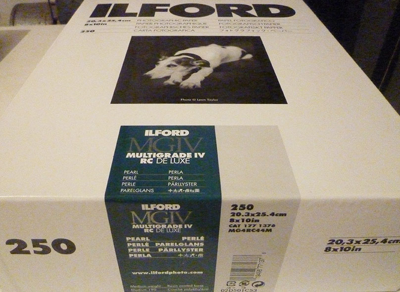 ilford-multigrade-rc-pearl-paper-box-250-1060288
